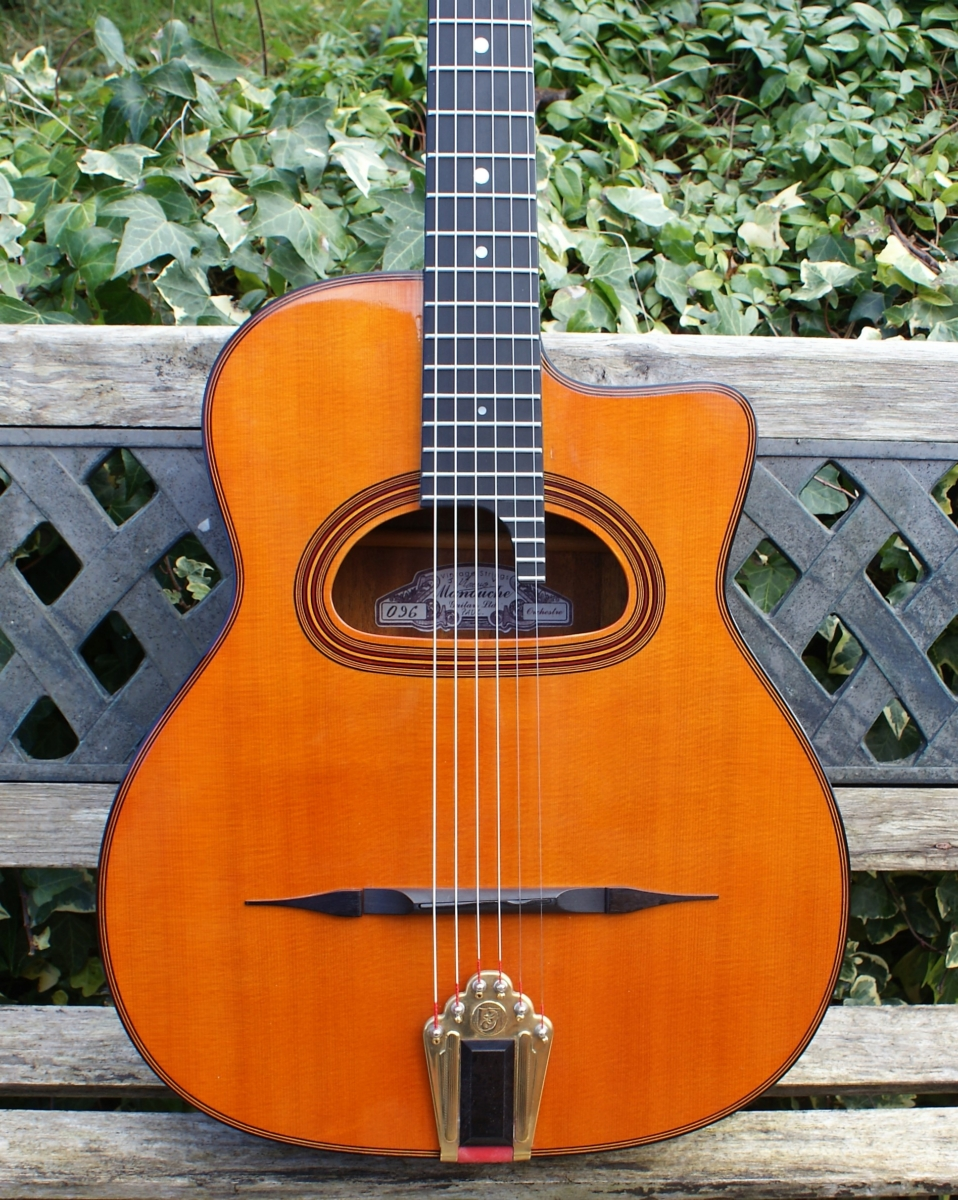 beautiful manouche vintage strings moreno gypsy jazz orchestre guitar 096 ohc really great. Black Bedroom Furniture Sets. Home Design Ideas