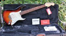 Beautiful Pristine Fender American Deluxe HSS Stratocaster 2013, 3 Tone Sunburst & OHC