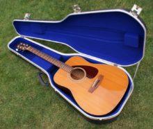 Vintage 1972 Yamaha FG-200 Dreadnought Acoustic Guitar & Hard Case
