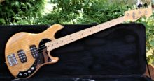 Gorgeous 2013 Fender American deluxe Dimension IV HH Bass Guitar & Case