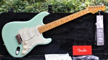 Pristine 2016 American Deluxe Fender Stratocaster V Neck Surf Green (W/Pickup Upgrade) & all Candy